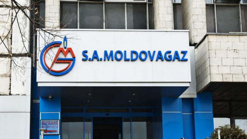 Moldovagaz: Luxury houses and agreements signed between family members